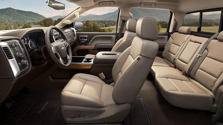 Interior Features of the New Chevrolet Silverado at Garber in Midland, MI