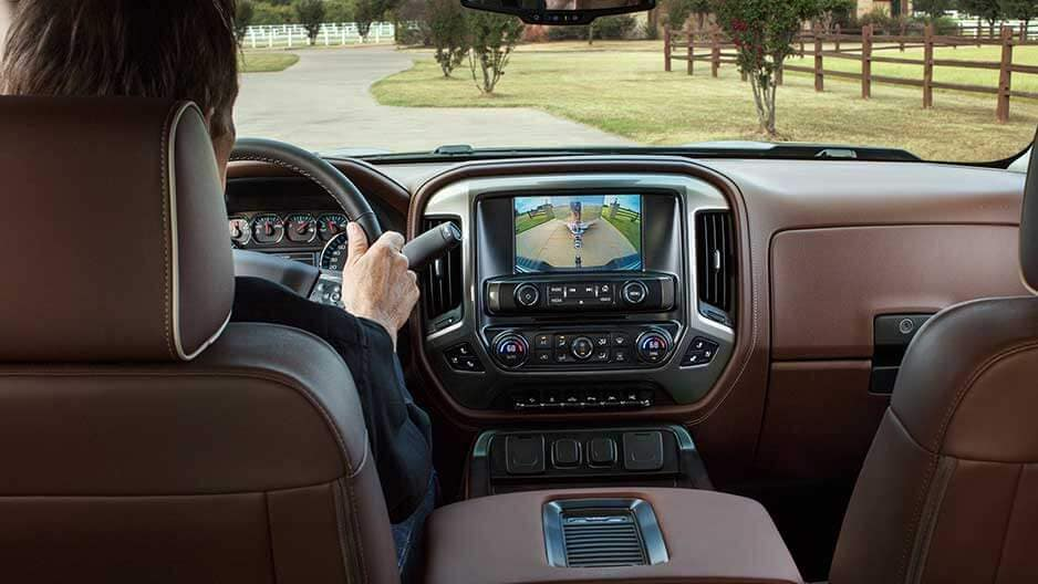 Technology Features of the New Chevrolet Silverado at Garber in Midland, MI