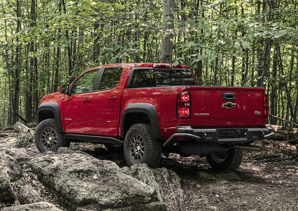 2019 Chevy Colorado Zr2 Bison Shows Its Wild Side Fuel Filter Replacement