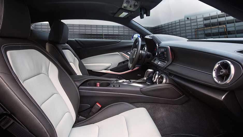Interior Features of the New Chevrolet Camaro at Garber in Midland, MI