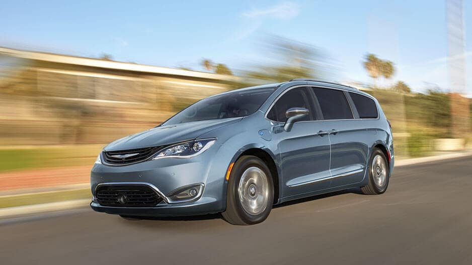 Performance Features of the New Chrysler Pacifica at Garber in Saginaw, MI