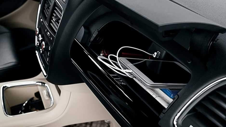 Technology Features of the New Dodge Grand Caravan at Garber in Saginaw, MI