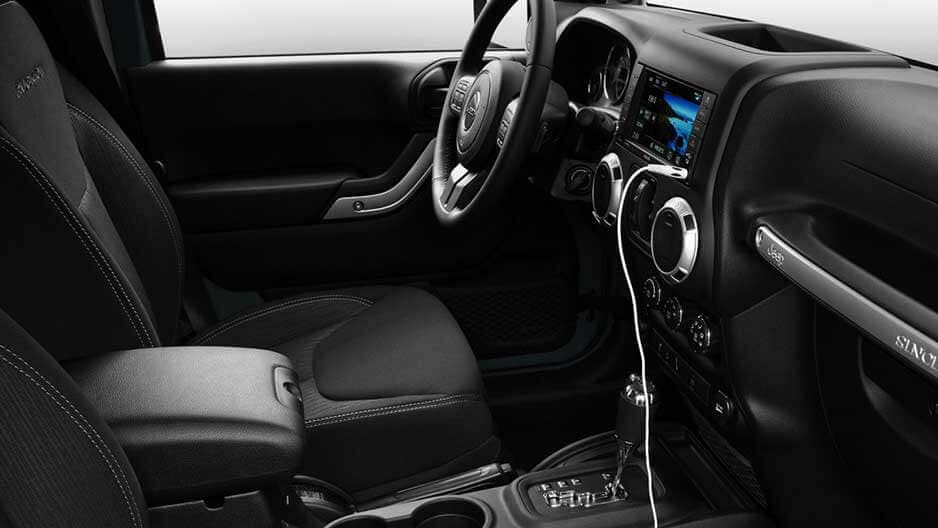 Interior Features of the New Jeep Wrangler JK at Garber in Saginaw, MI
