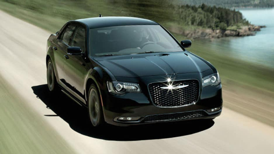 Performance Features of the New Chrysler 300 at Garber in Saginaw, MI