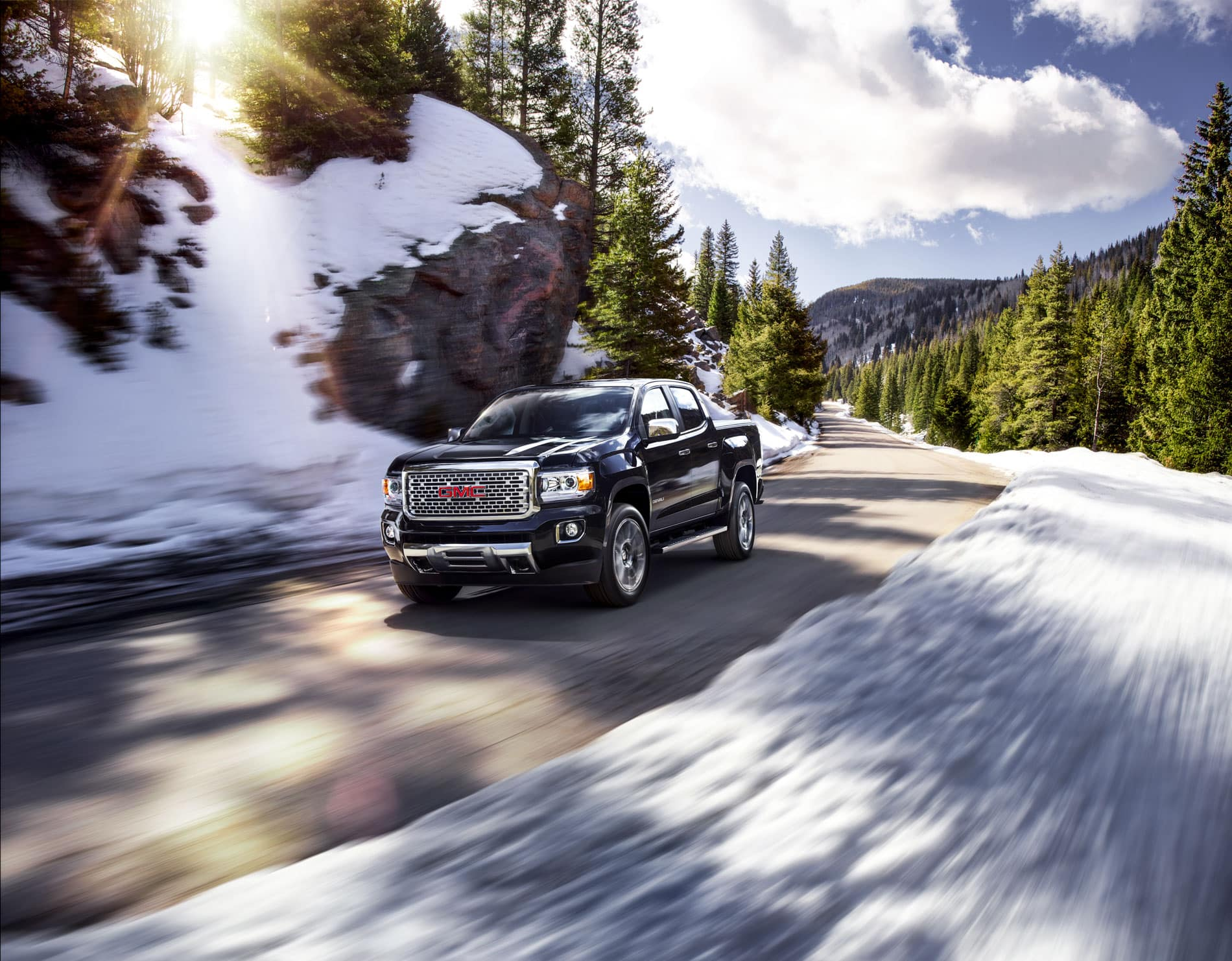 Gmc Canyon Vs Ford Ranger Blast From The Past Rivalry A View Of Cadilac Escalade Wiring Harness For 2009 Exploded Midsize Truck Range Rarely Offers Tons Engine And Transmission Options But Bucks That Trend Three