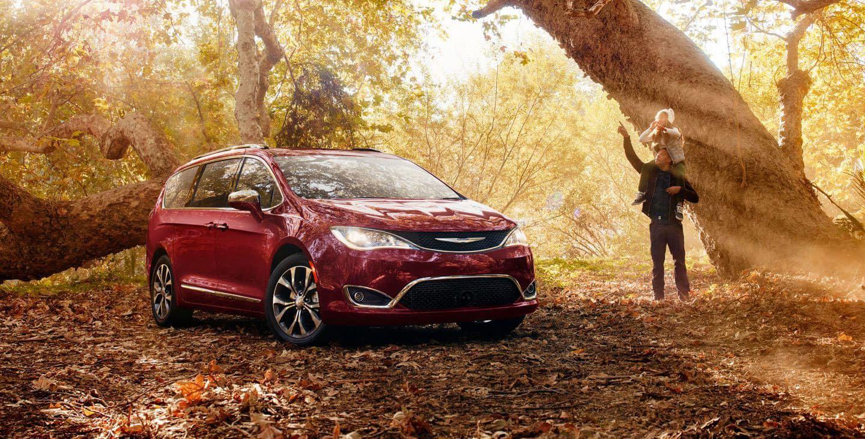 Dodge Grand Caravan Vs  Chrysler Pacifica