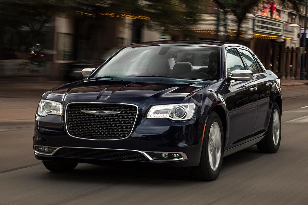 Chrysler 300 Vs  Cadillac XTS