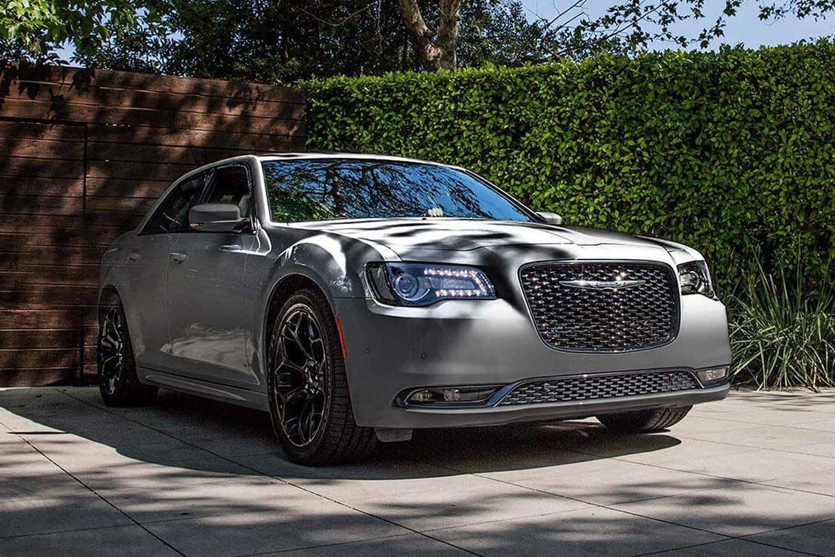 Amazing Chrysler 300 Vs Buick Lacrosse Evergreenethics Interior Chair Design Evergreenethicsorg