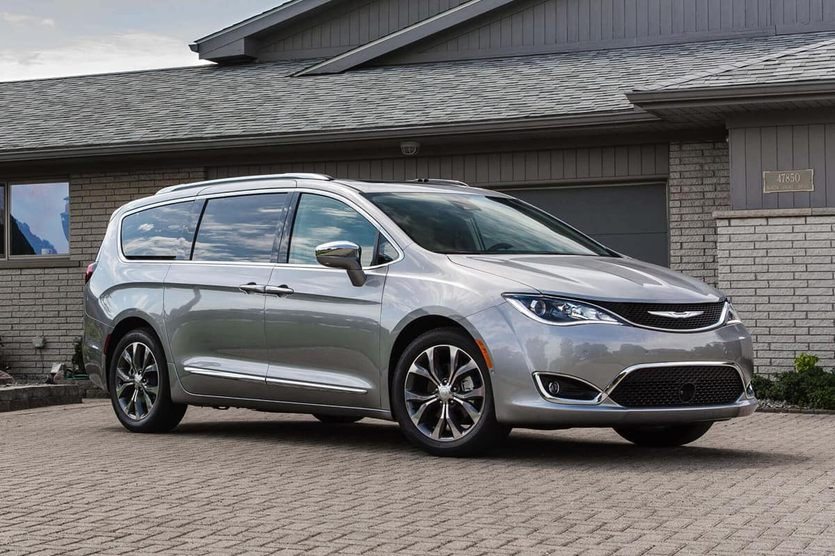Garber Bay Rd >> 2020 Chrysler Pacifica and Pacifica Hybrid Get Big Updates ...