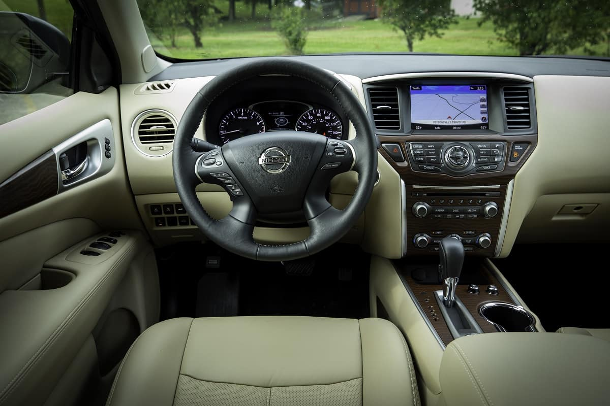 2019 Nissan Pathfinder Hits Showrooms With New Usb Ports And More