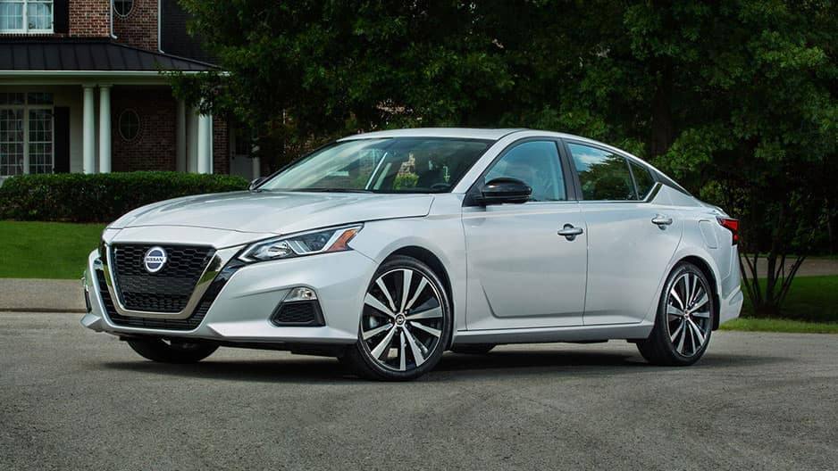 Exterior Features of the New Nissan Altima at Garber in Saginaw, MI
