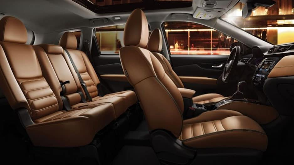 Interior Features of the New Nissan Rogue at Garber in Saginaw, MI