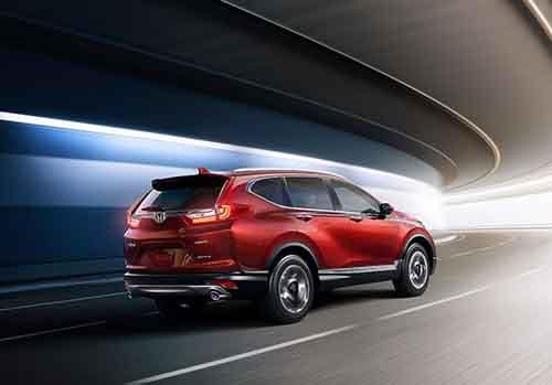 2018 Honda CR-V driving