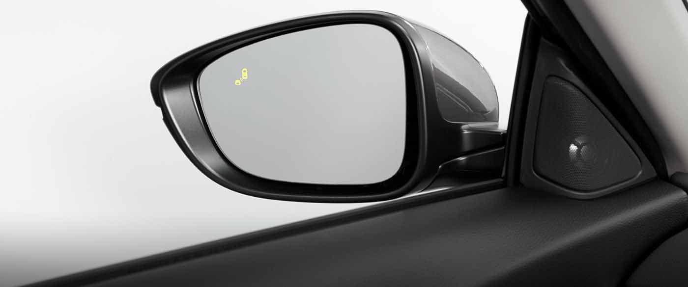 2018 Honda Accord Sedan Side Mirror with Blind Spot Indicator On