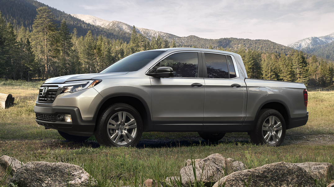 2018 Honda Ridgeline AWD Side Profile