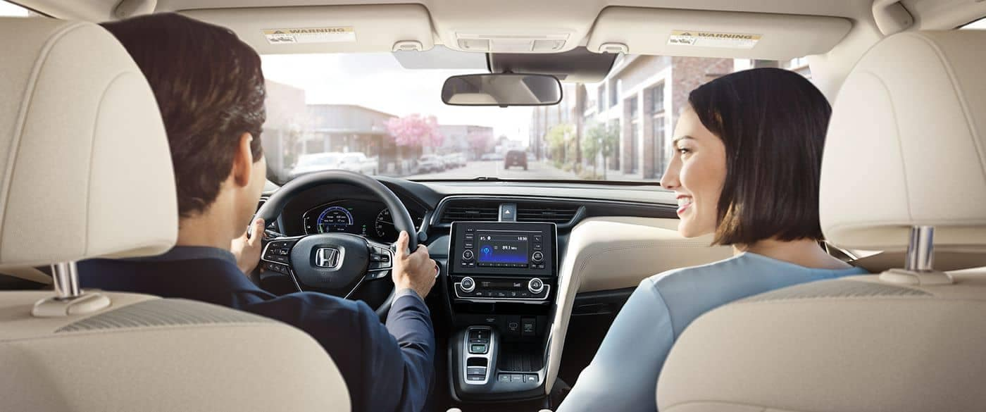 2019 Honda Insight Couple Driving