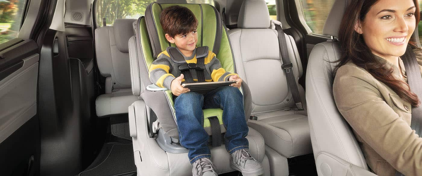2019 Honda Odyssey 2nd Row Magic Seats