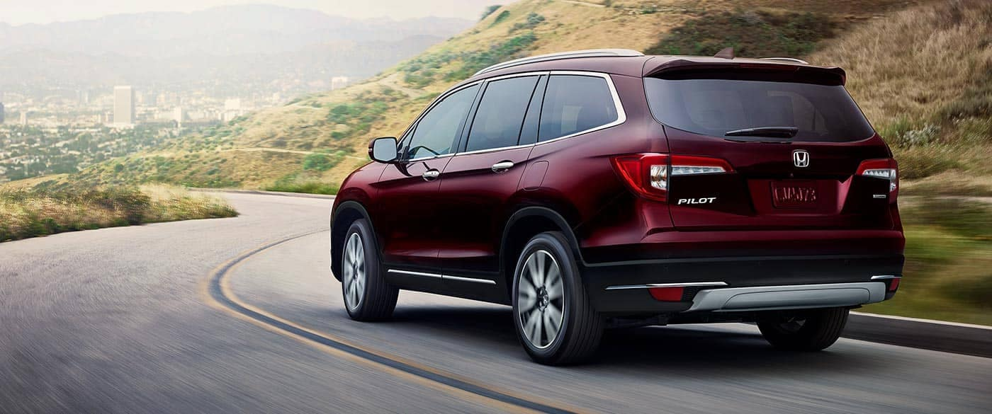 2019 Honda Pilot Driving on a Highway