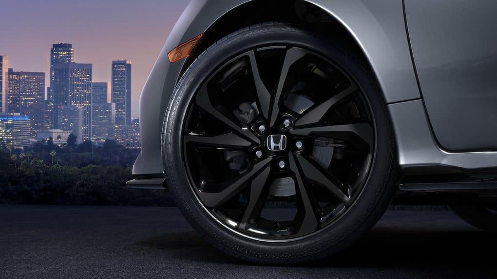 2019 Honda Civic Hatchback Wheels