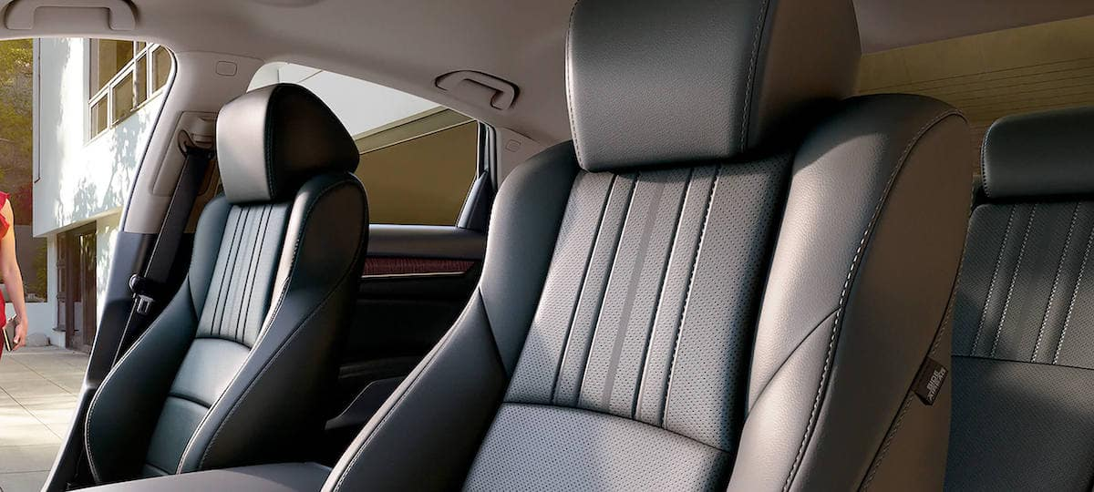 Front leather trimmed seats of 2020 Honda Accord sedan