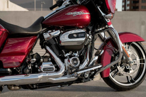 2017 Street Glide Special engine