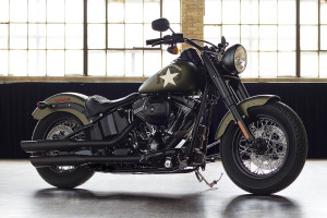 2016 Softail Slim S gallery 1