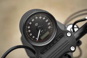 iron 883 speedomete
