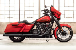 2017 Street Glide Special in front of a white screen