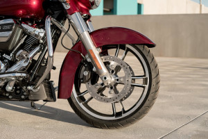 2017 Street Glide Special front wheel