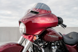 2017 Street Glide Special headlight