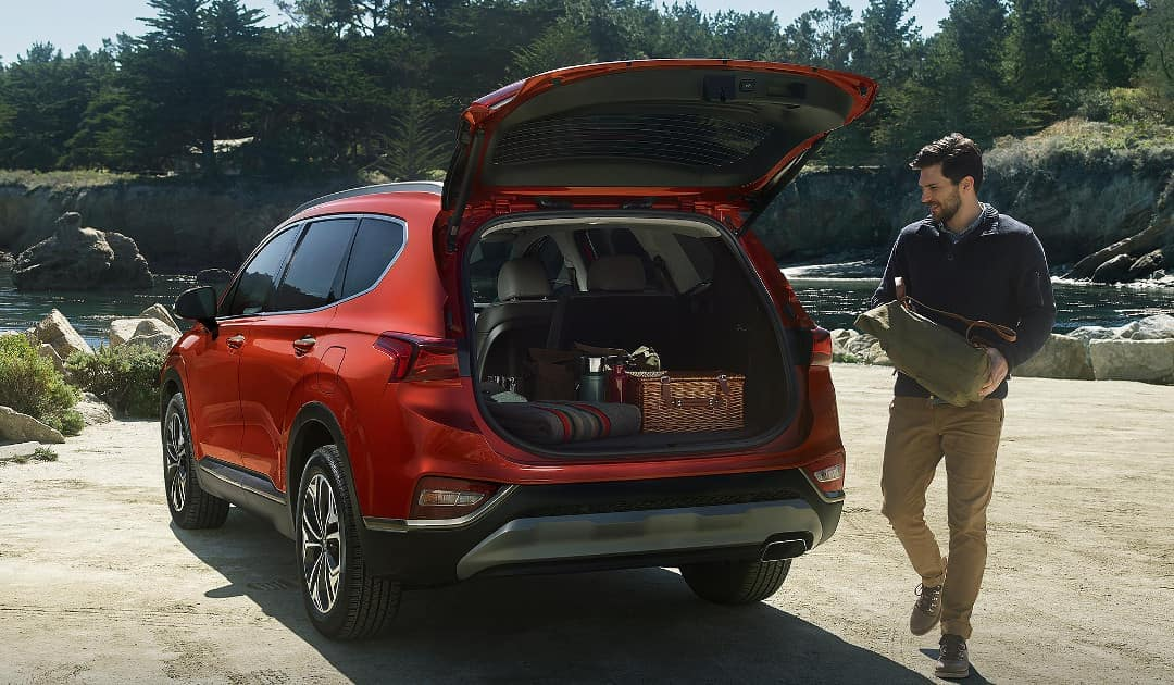2019 Hyundai Santa Fe liftgate and cargo space