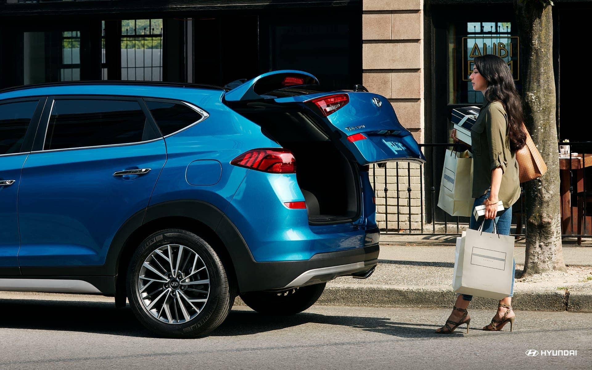 2019-Hyundai-Tucson-hands-free-smart-liftgate