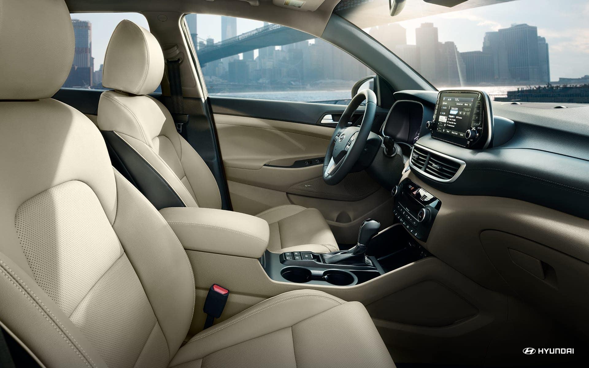 2020 Hyundai Tucson interior leather seats
