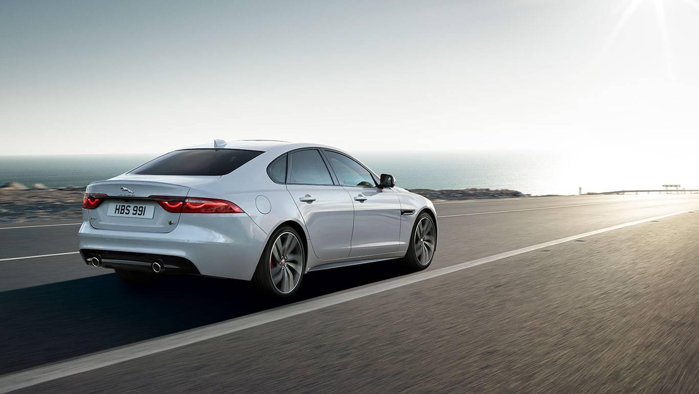 2018 Jaguar Xf 4
