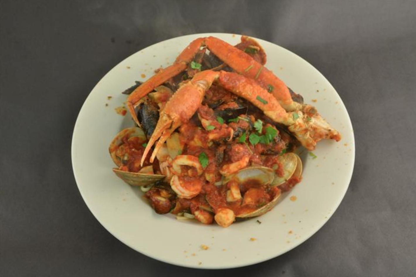 Best Seafood Restaurants Long Island (Popei's)