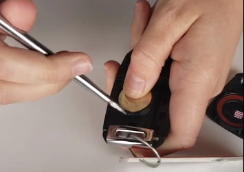 How To Change a Key Fob Battery With a Key | Lawrence Kia