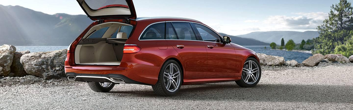 The Station Wagon Has Been Having A Renaissance For Years And E400 Is Perfect Vehicle To Cash In On Mercedes Benz Brampton Carries This Model As