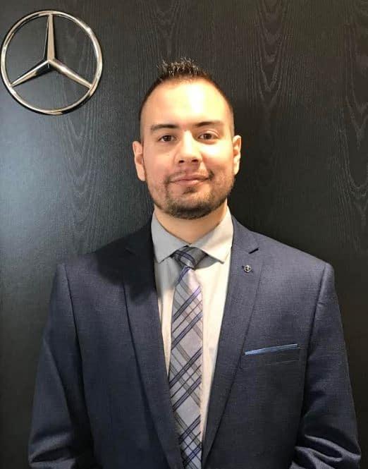 Jorge Correa, Sales Consultant