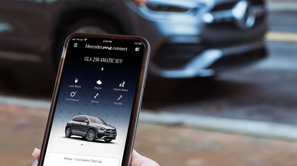 Mercedes me Connect app