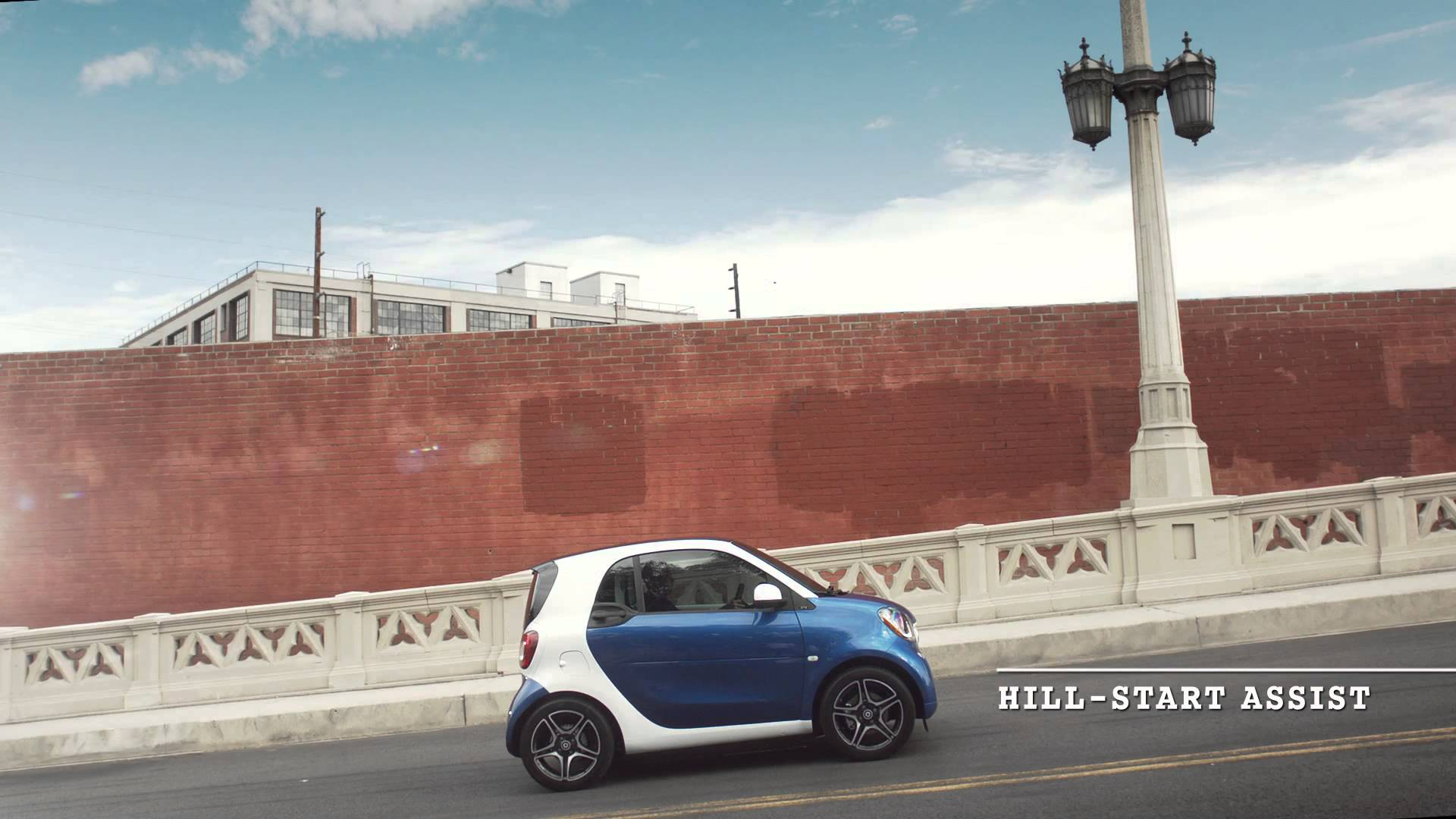 Smart fortwo video brochure mercedes benz of laguna niguel for Mercedes benz of laguna niguel