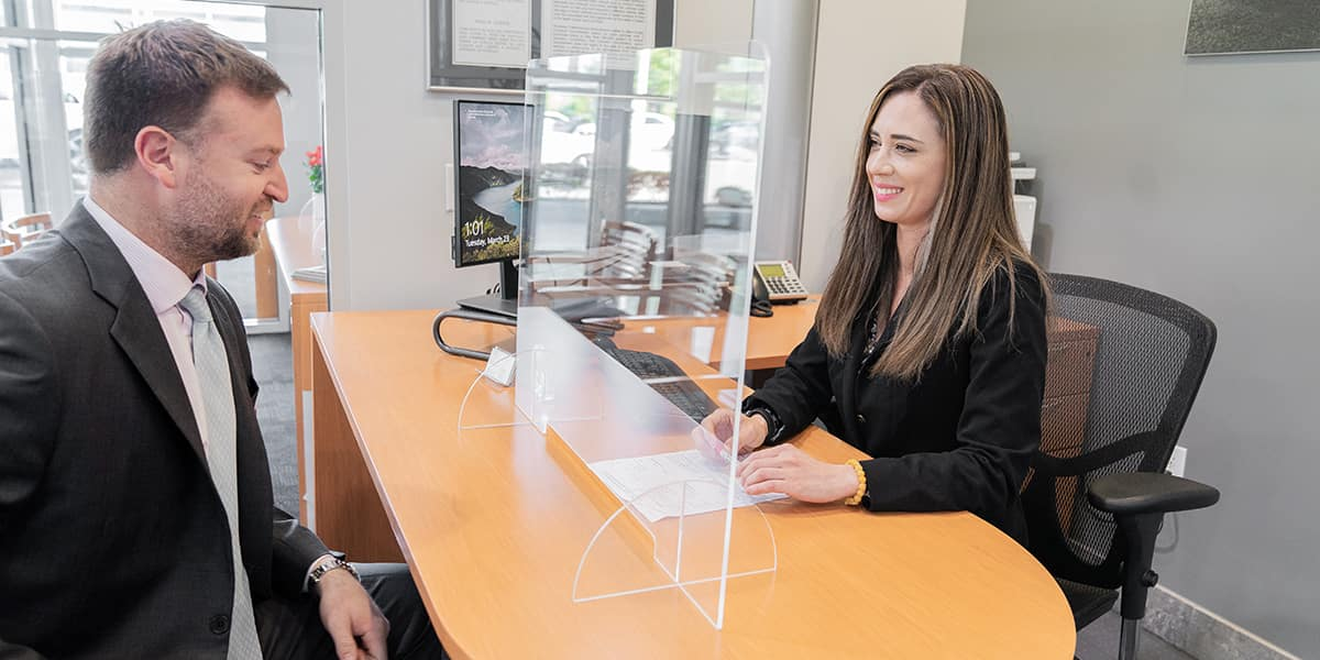 Mercedes-Benz customer buying a vehicle