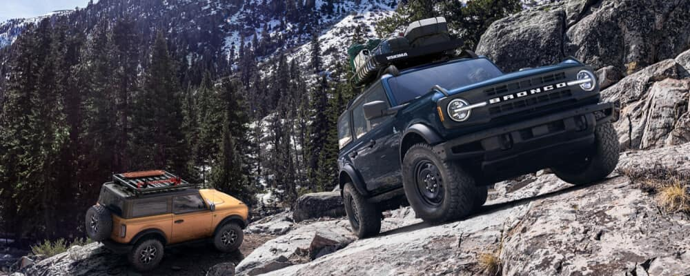 2021 Ford Bronco climbing up mountain side