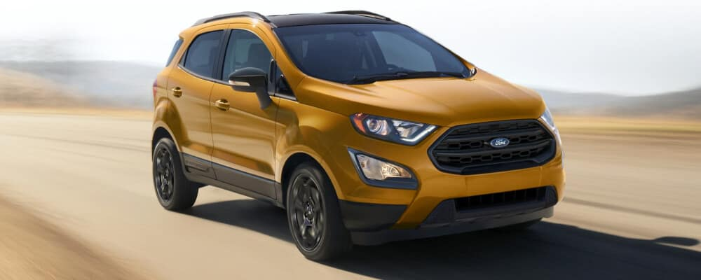 2021 Ford EcoSport driving on dirt road