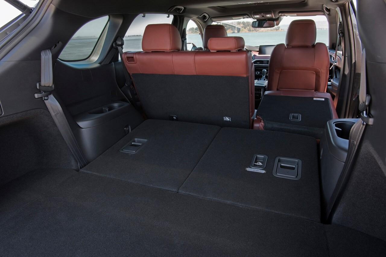 2017 Mazda CX-9 cargo space