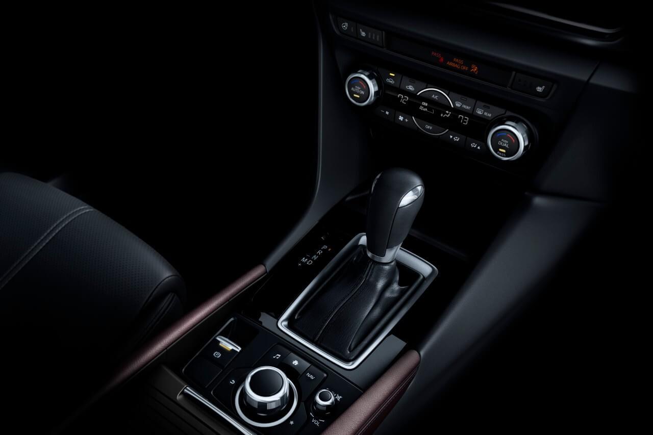 2017 Mazda3 automatic trans