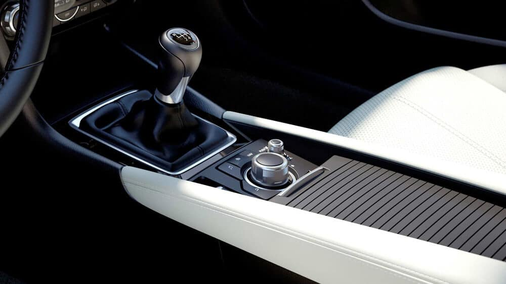 2018 mazda 3 hatchback gear shift