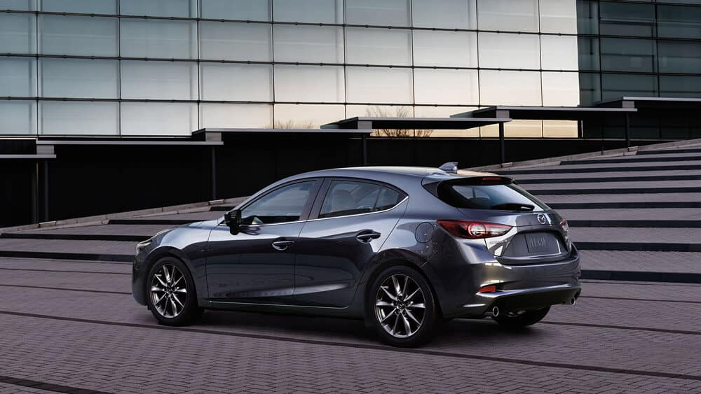 Mazda3 5 Door >> 2018 Mazda3 Hatchback Vehicle Specs & Information | Momentum Mazda
