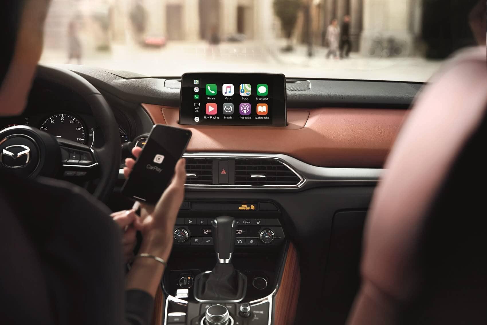 Mazda CX-9 Apple Car Play Integration