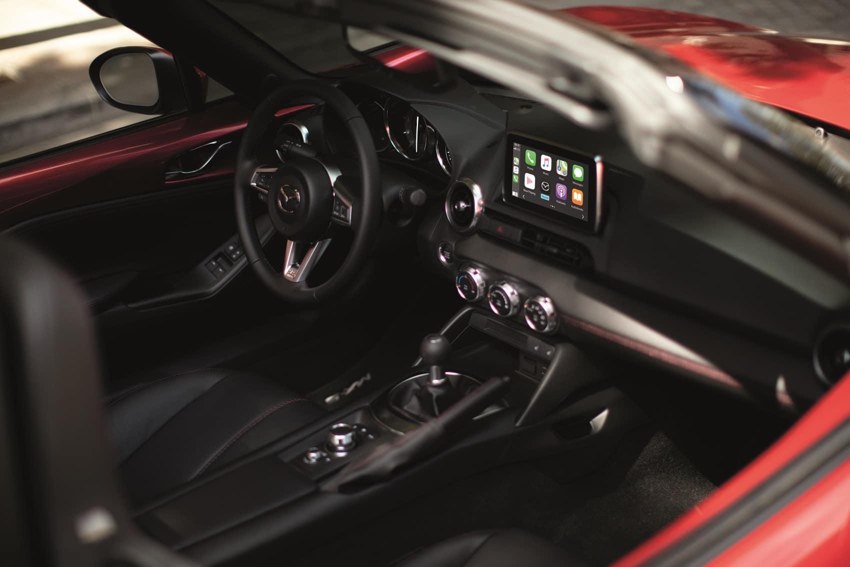 Connective interior with the Mazda MX-5 Miata