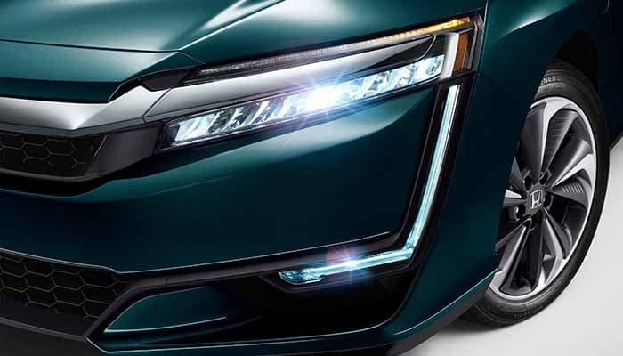 2018 Honda Clarity Plug In Hybrid LED Headlights